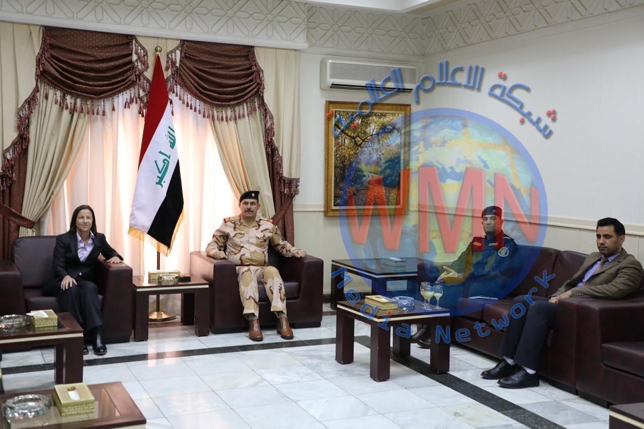 سفيرة استراليا تلتقي الفريق الركن محمد البياتي لمناقشة الوضع الامني، ومساهمة استراليا في دعم العراق بقتال داعش