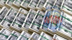 روسيا تحارب الدولار وتقلصه بتعاملاتها الاقتصادية