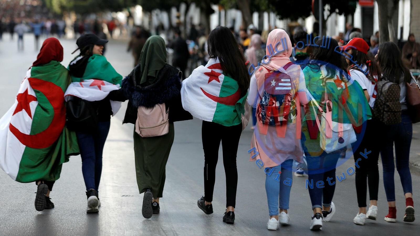 طلاب الجزائر يتظهرون ضد دعوة رئيس الاركان للانتخابات