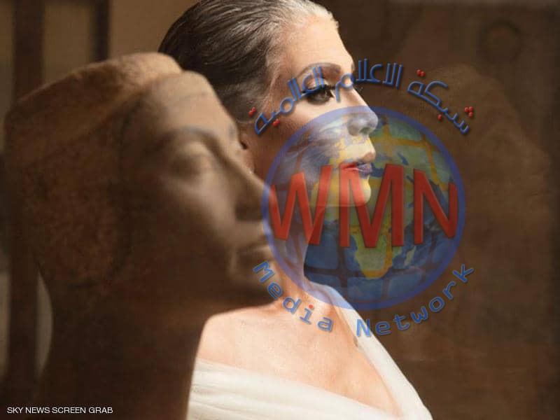"""فنانة مصرية تثير الإعجاب لشبهها بـ""""الملكة الحسناء"""""""