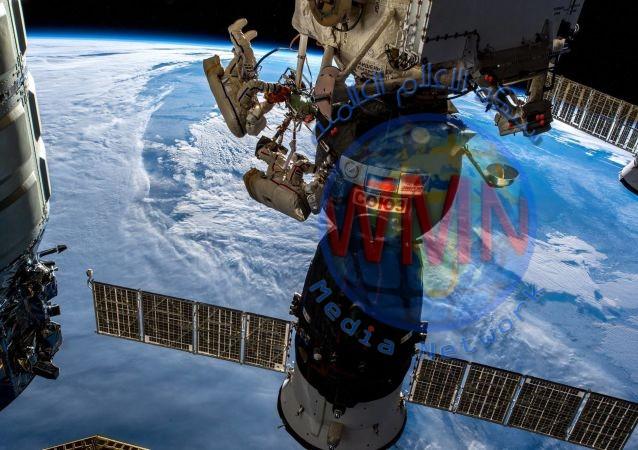"""روسيا: إنتاج مركبة فضائية عامة"""" اوريول """""""