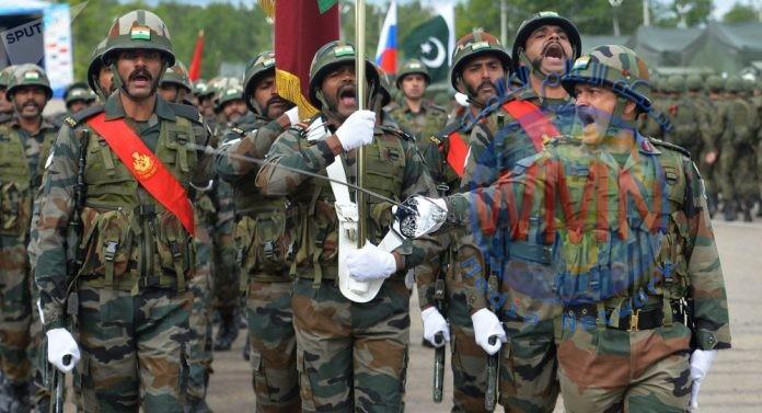 باكستان تستدعي دبلوماسيين من أفغانستان والهند بعد مقتل جنود وامرأة