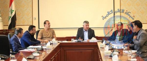 عادل عبد المهدي يستقبل اتحاد الكرة وسط أزمته مع عدنان درجال