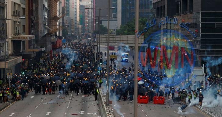 انتشار أمني كثيف في هونغ كونغ