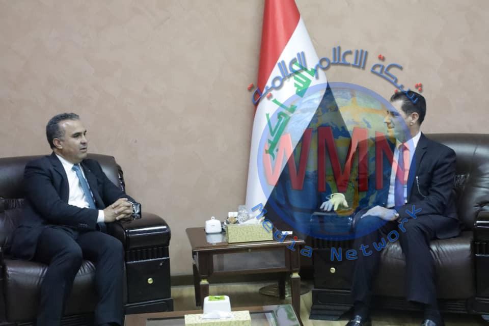 وزير التخطيط يبحث مع منظمة الأغذية والزراعة الاممية ، خطة تطوير القطاع الزراعي في العراق