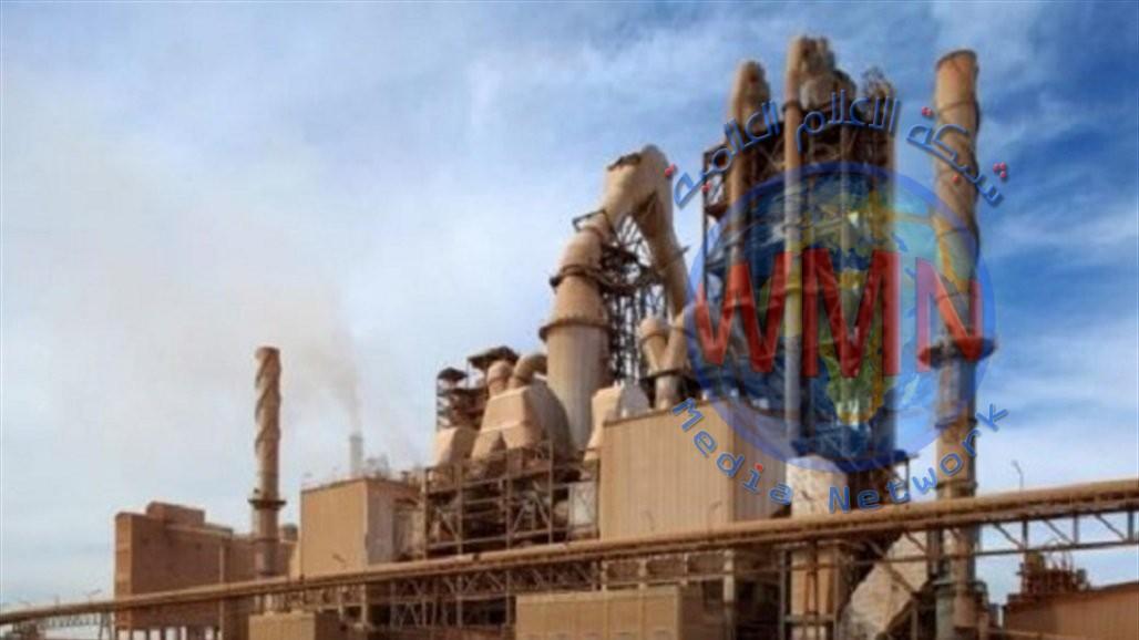 وزارة الصناعة تضع حجر الأساس لإنشاء ثلاثة مشاريع في مجمع معامل اسمنت بادوش
