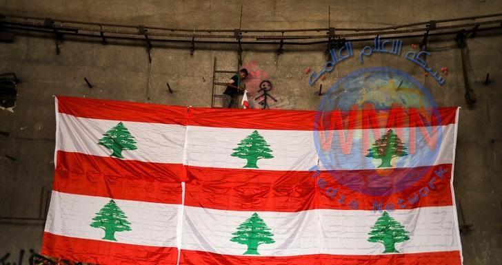 الجيش اللبناني يفتح عدد من الطرقات المغلقة من قبل المتظاهرين