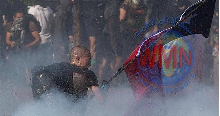 اشتباكات عنيفة بين المتظاهرين وقوات الامن في تشيلي
