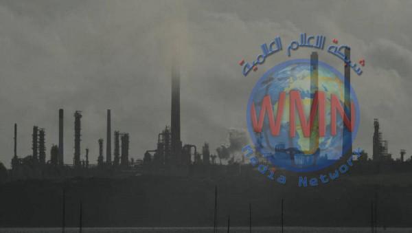 ارتفاع النفط بعد انخفاض مفاجئ بمخزونات الخام الأميركي