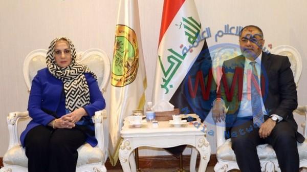 وزيرة التربية سها العلي تستلم مهام الوزارة من السهيل