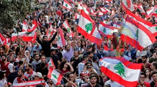 لبنان.. ترقب لليوم السادس من المظاهرات وسط رفض الإصلاحات