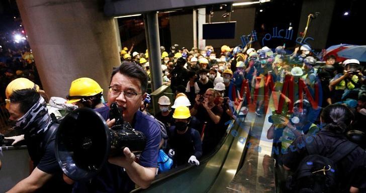 هونغ كونغ ترفض ارتداء المحتجين أقنعة على وجوههم