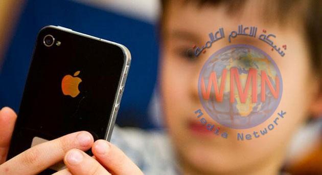 دراسة: واحد من كل أربعة أطفال مدمن على الهواتف الذكية