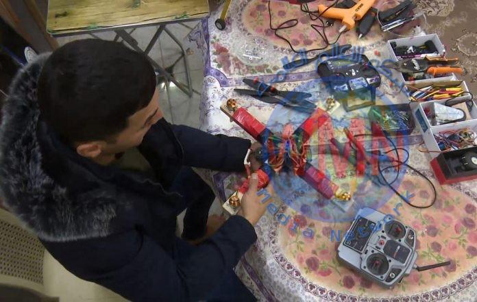 بالصور.. شاب في بابل يتمكن من تصنيع طائرة مسيرة ترتفع لــ 500 متر