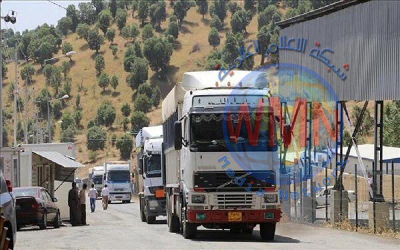 أكثر من 50 شاحنة محملة بالبضائع تدخل العراق قادمة من سوريا
