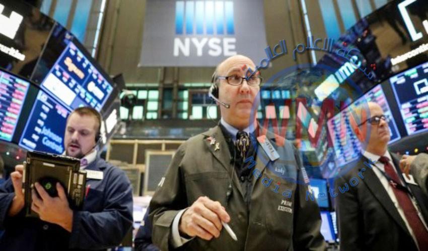 الاقتصاد الأمريكي ينهار بنسبة 42% وأزمة سياسية في الأفق