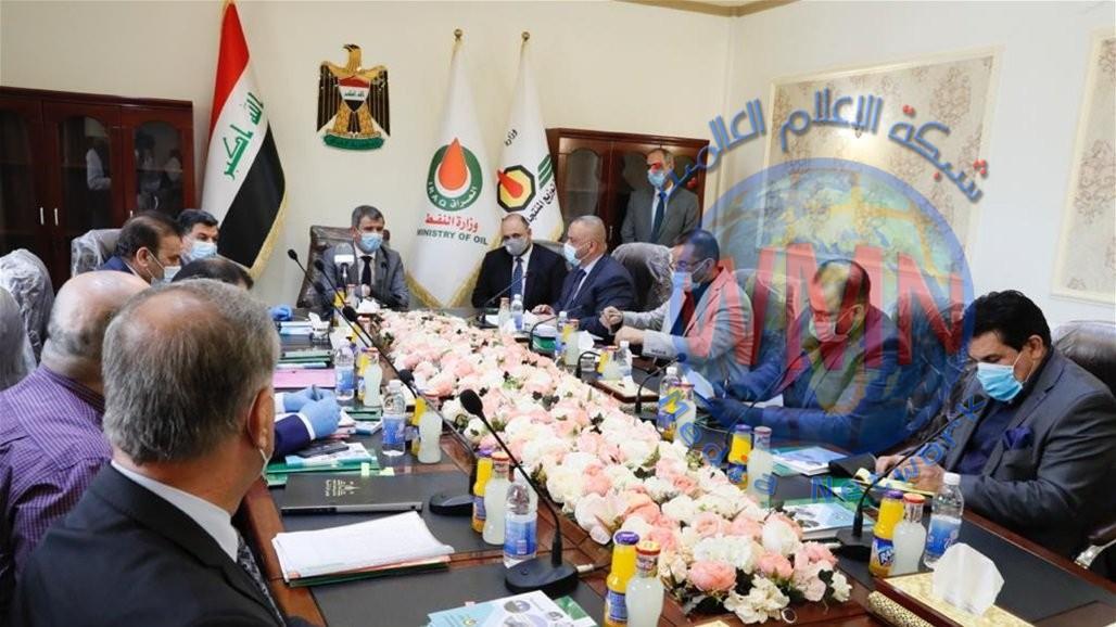 وزير النفط: الوزارة وفرت المنتجات النفطية بإنسيابية عالية رغم التحديات وحظر التجوال