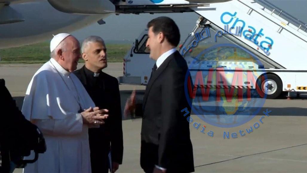 رئيس اقليم كردستان يستقبل بابا الفاتيكان في مطار اربيل