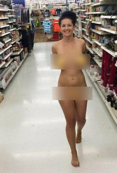 اليكم أغرب الصور التي تم التقاطها في مراكز التسوق