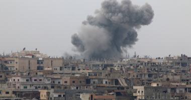 المرصد السوري:قوات النظام تسيطر على منطقة استراتيجية بين حي برزة وتشرين