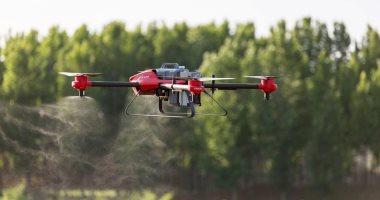 شركة صينية تطور طائرة بدون طيار جديدة لمساعدة المزارعين في الحقل