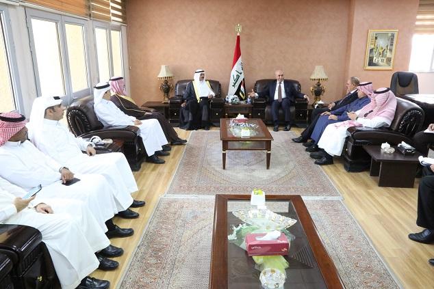 وزير التخطيط يبحث مع الوفد الإعلامي السعودي تعزيز العلاقات الثنائية بين البلدين