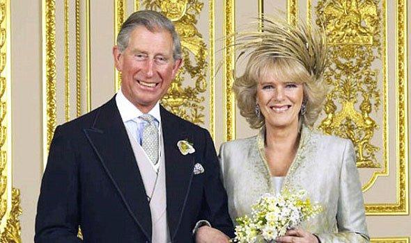 كاتب بريطاني يكشف النقاب عن غرائب الأمير تشارلز