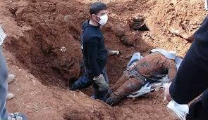 """الحشد يعثر على مقبرة جماعية لقتلى """"داعش"""" في منطقة الفتحة شمال شرقي صلاح الدين"""