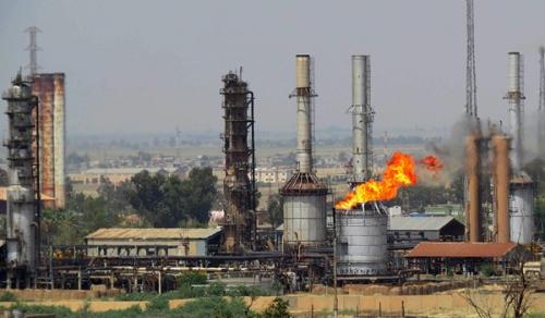 إعادة تشغيل مصفى نفطي في نينوى بعد تدميره من داعش