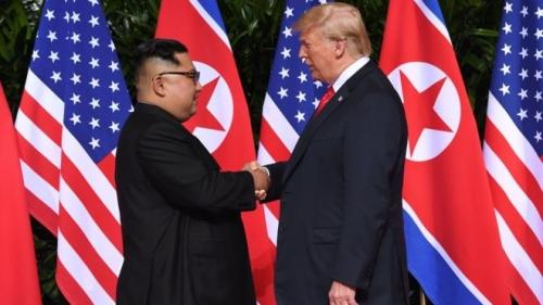 ترامب وأون يعقدان قمة تاريخية