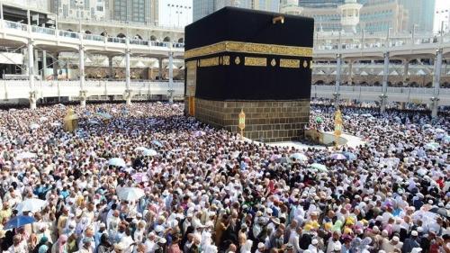 السعودية تعلن قراراً غير مسبوق بشأن المعتمرين