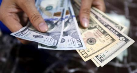 إنخفاض طفيف للدولار اليوم في بغداد