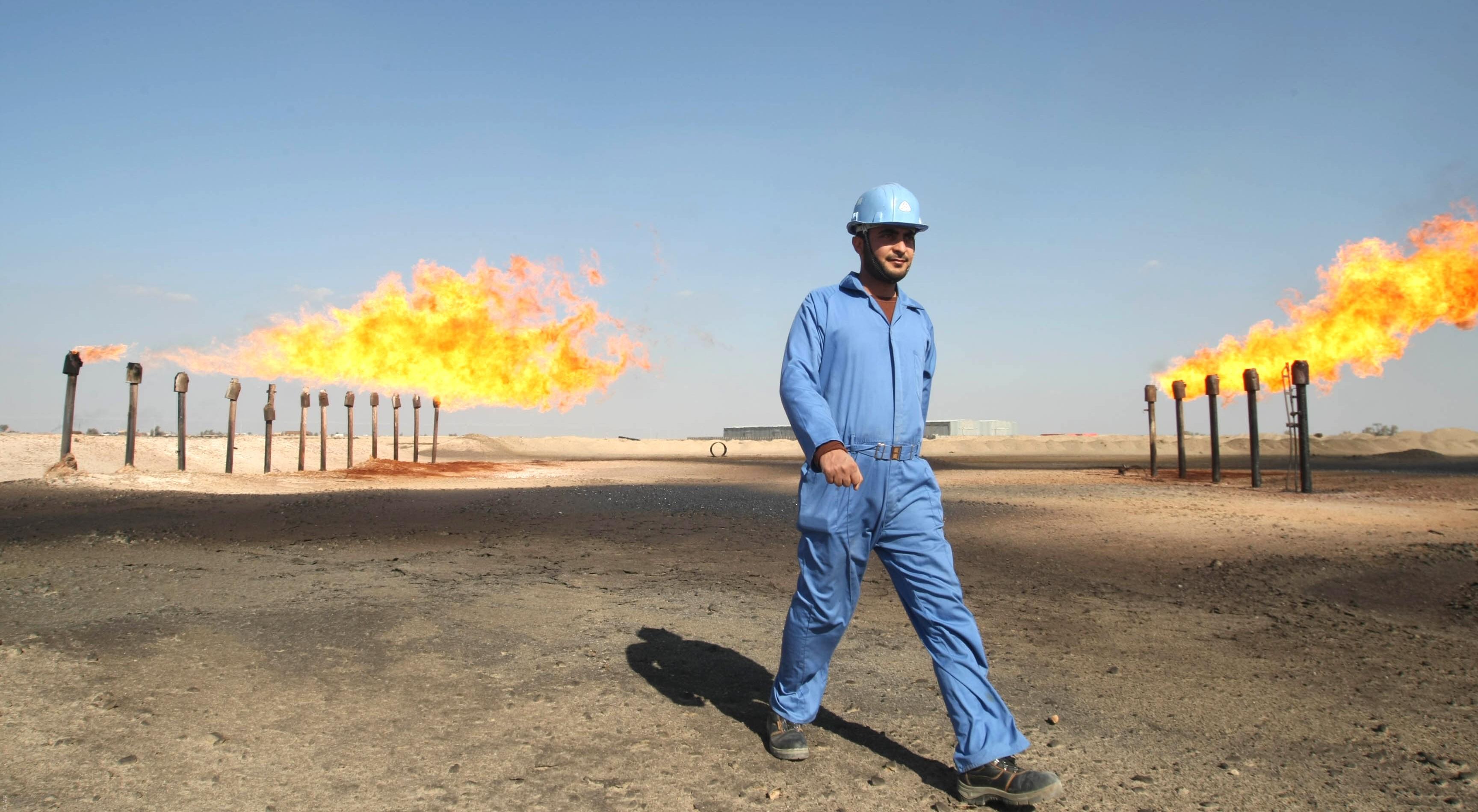 العراق والسعودية يتفقان على العمل معا لتحقيق استقرار أسواق النفط