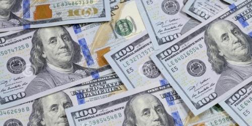 إرتفاع طفيف للدولار في بغداد اليوم