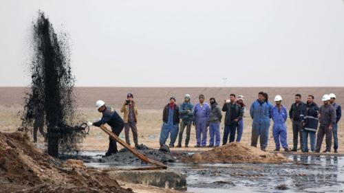 احباط عملية لتهريب النفط من انابيب في كركوك