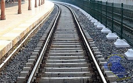 استبدال خطوط السكك الحديد القديمة في محطتي الناصرية وسوق الشيوخ