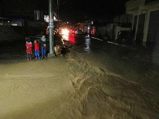 فيضانات تجتاح مدينة عراقية وإعلان حالة تأهب