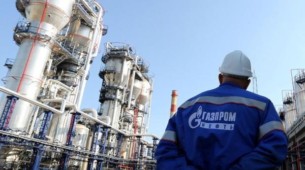 شركة نفط روسية توقف عملها بمنطقة متنازع عليها