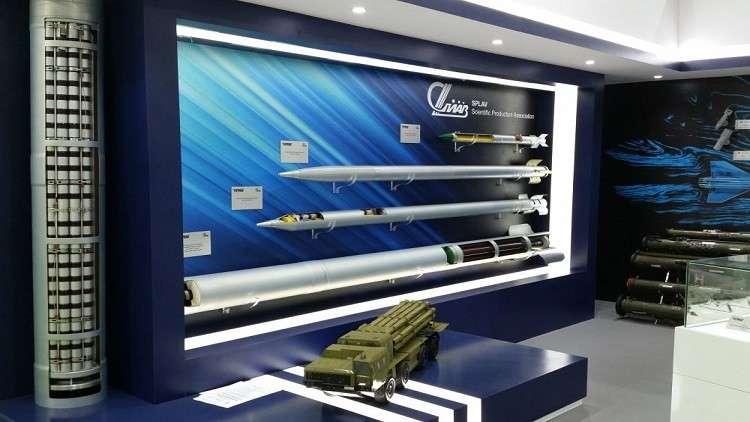 شركة روسية تكشف في أبو ظبي عن صاروخ بحري للحرب الإلكترونية