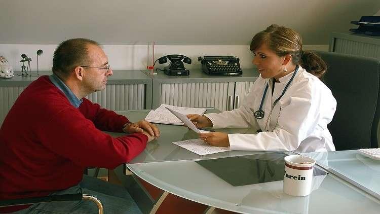5 تحاليل طبية يجب على كل رجل إجراؤها