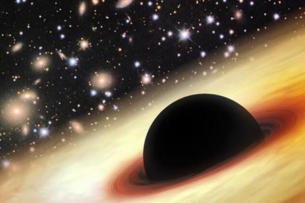 في إنجاز فلكي غير مسبوق أول صورة للثقب الأسود قريبا