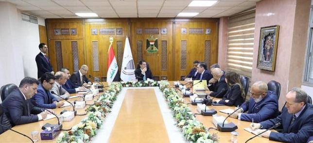 وزير التخطيط العراقي يترأس اجتماعاً لبحث جهود اعادة الاستقرار وتحقيق التنمية في المناطق المحررة