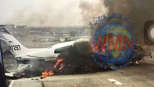 تحطم طائرة على طريق سريع في بريطانيا