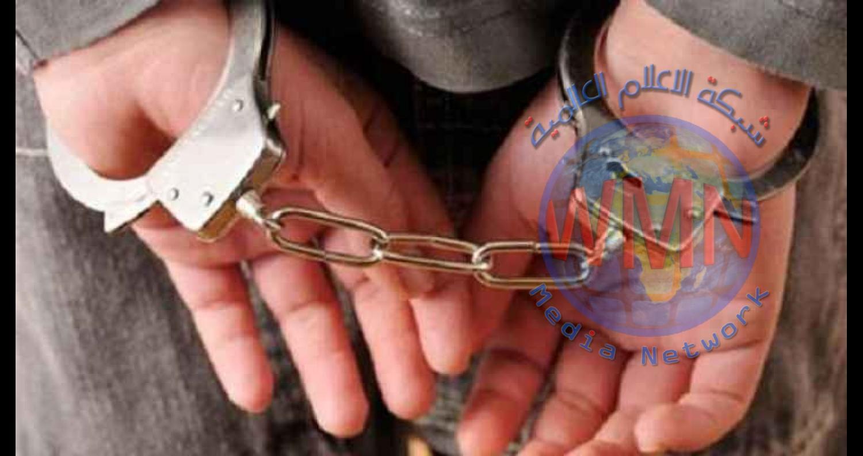 القوات الامنية تعتقل المخمورين وتنقلهم الى احدى المراكز القريبة اجراءات اصولية