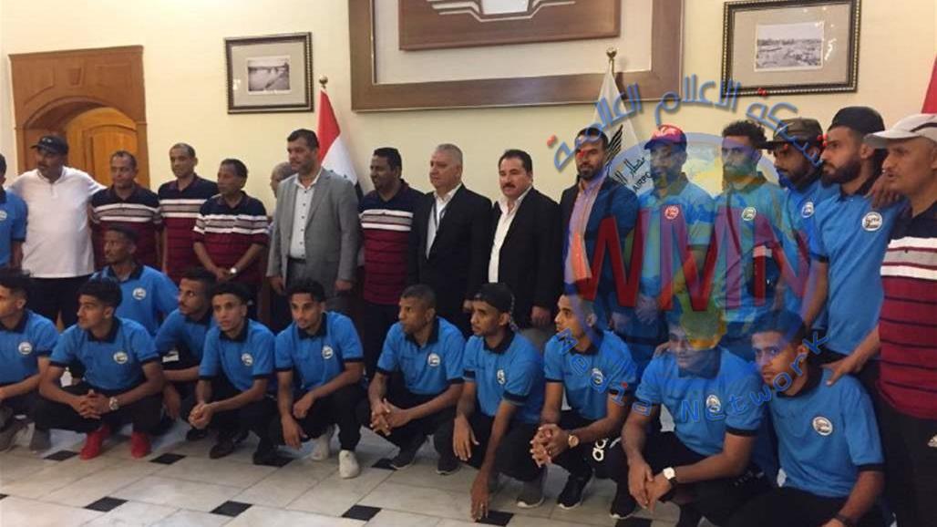 المنتخب اليمني يصل الى مطار النجف الدولي