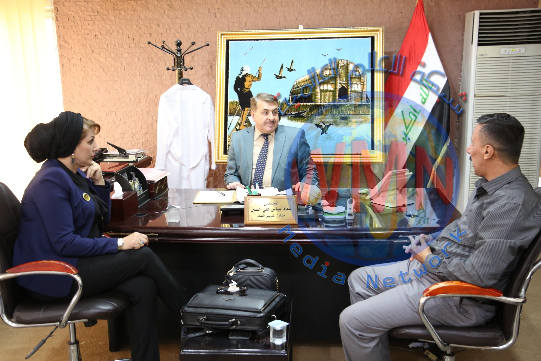 خلال زيارته الى مصنع الصوفية….رئيس مؤسسة العصر للتنمية الاقتصادية يؤكد على ضرورة دعم المنتوج الوطني والنهوض بواقع الصناعة العراقية