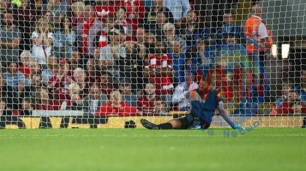 """""""مؤشر غير جيد"""".. مدرب ليفربول يتحدث عن إصابة أليسون"""