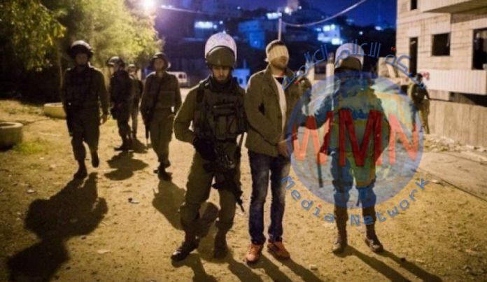 قوات الاحتلال تعتقل 17 فلسطينيا من الضفة الغربية