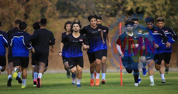 المنتخب الوطني يجري اول وحدة تدريبية في عمان
