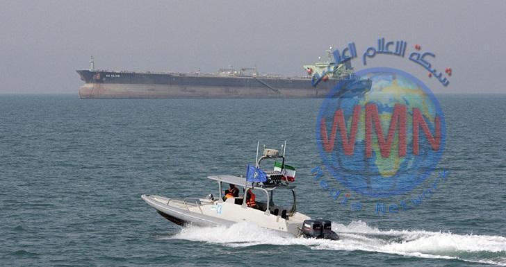 إيران تبدي استعدادها للعمل مع جيرانها لتأمين الملاحة في الخليج